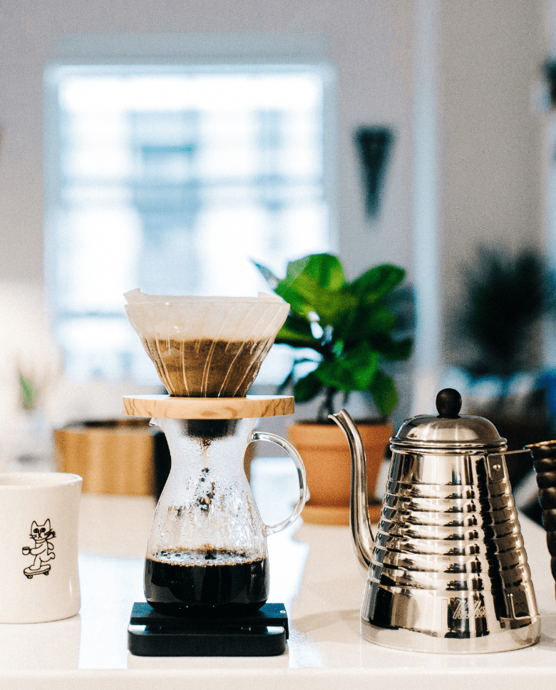 Kalita wave kettle with pour over