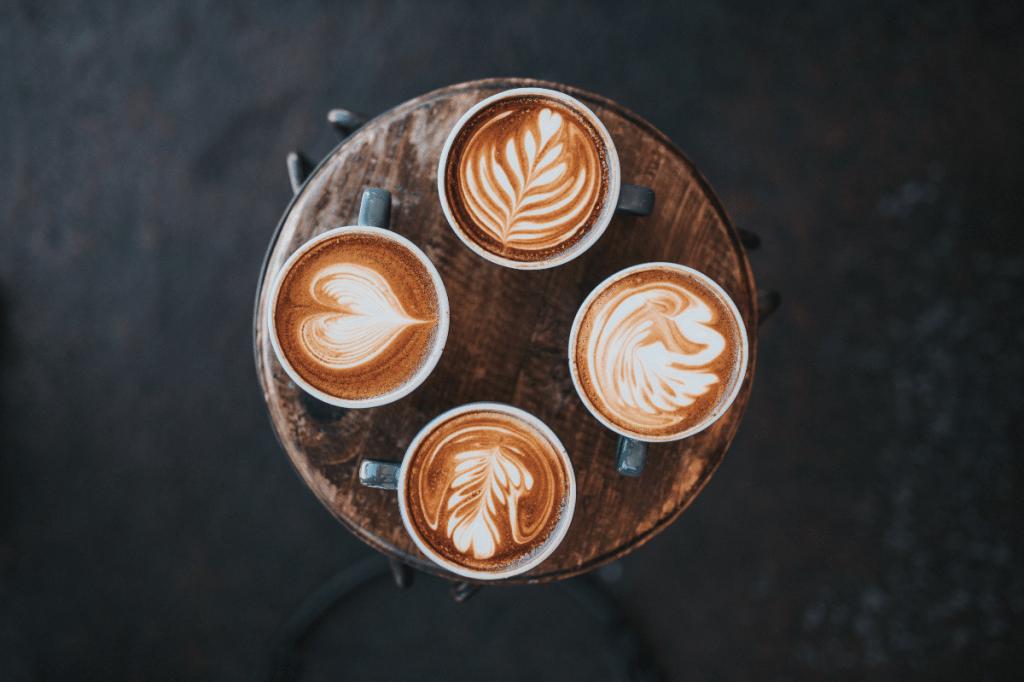 rosetta latte art and heart latte art
